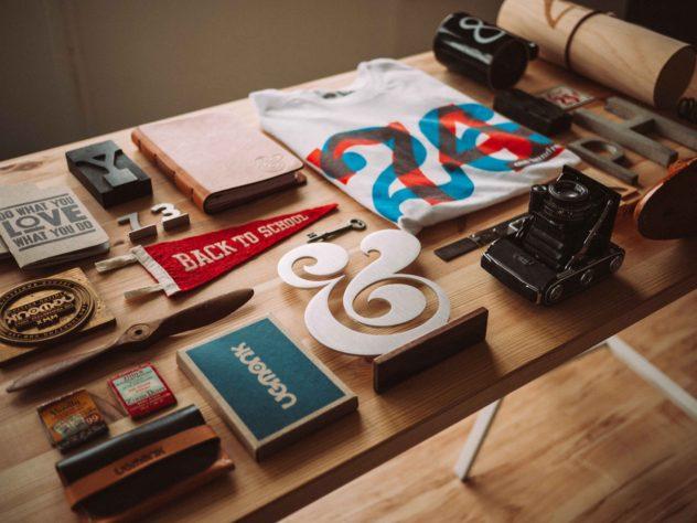 stol_dizajnera
