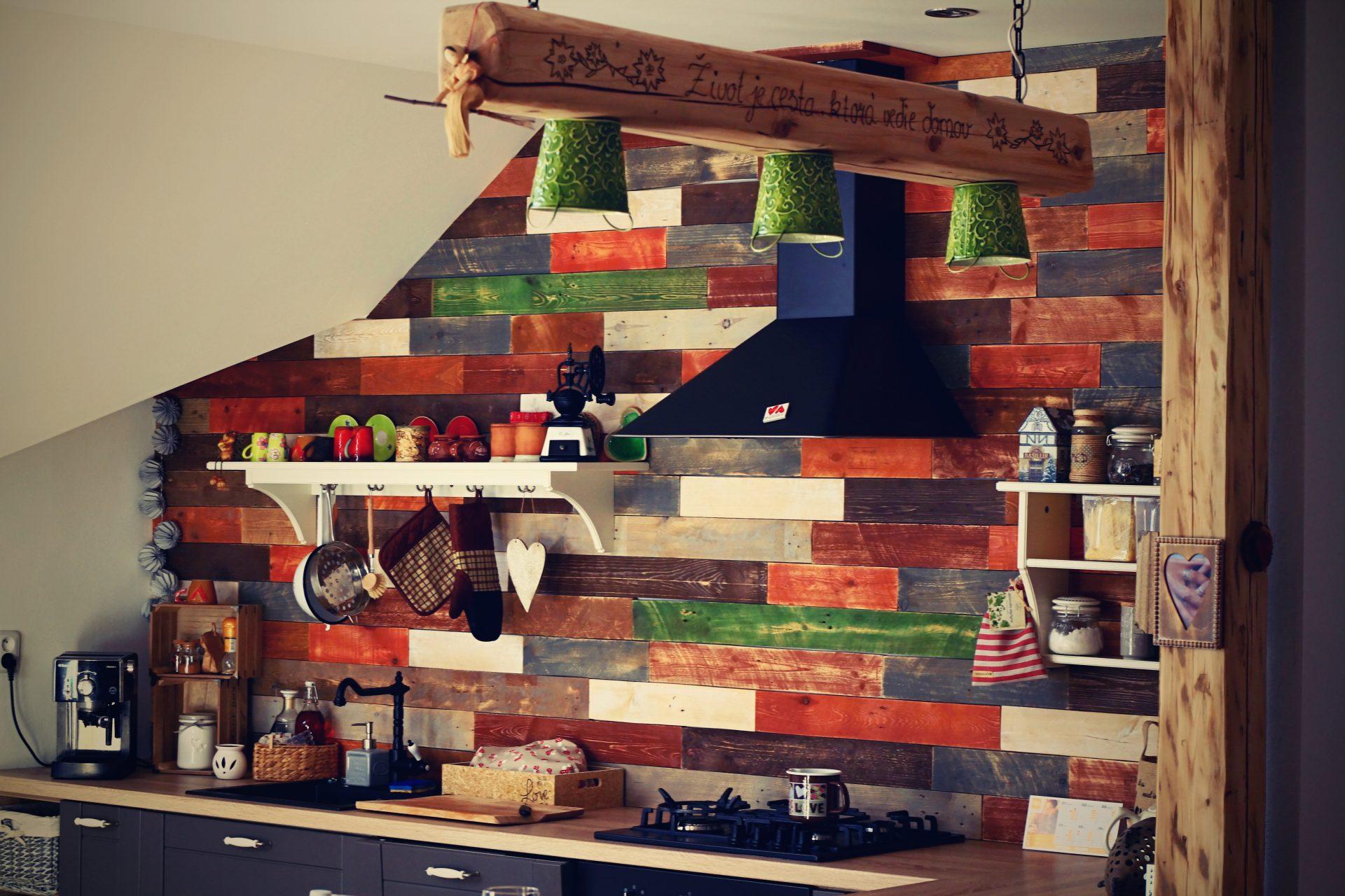 drevene-obklady_decowall_kuchyna-1-1920x1280
